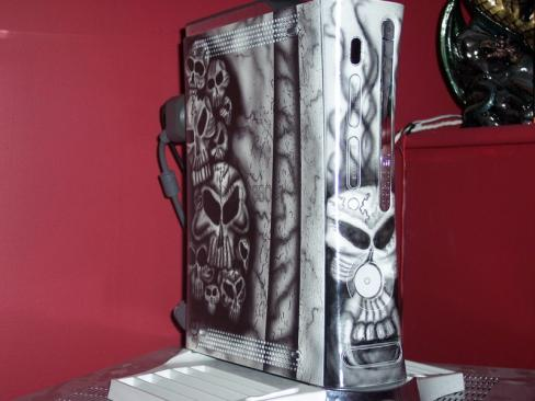 the whole mod is covered with black and white skulls and nothing else!
