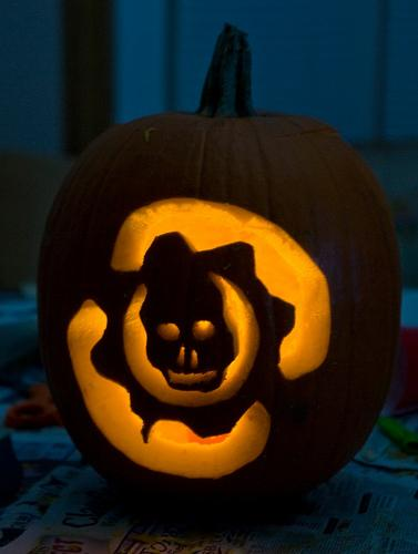 gears of war pumpkin - Halloween Xbox 360