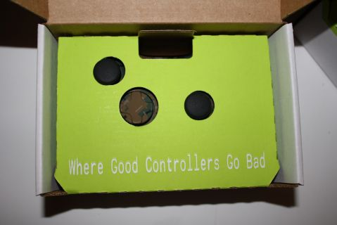 evil-controllers-xbox-360-controller-package
