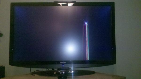 xbox kinect breaks tv