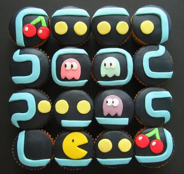 Pac-Man Cupcake