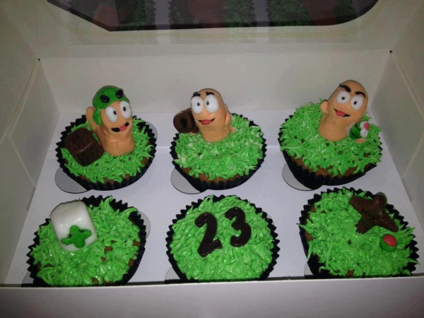 Worms Cupcakes